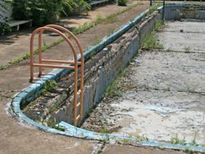 Leerer Swimming Pool