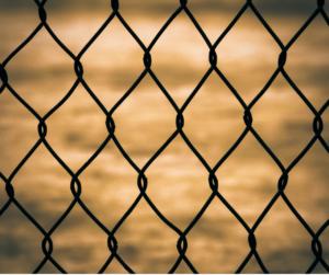Fett hinter Gittern